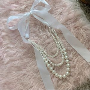 NWOT free people large pearl necklace with bow